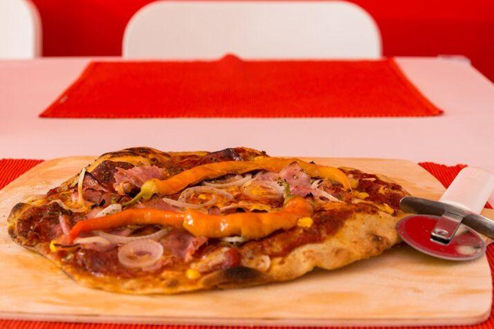 Salami-Schinken Pizza