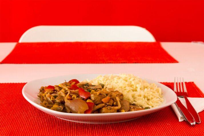 Chinapfanne mit Reis