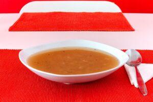 G'söchte Suppe mit Rollgerstl